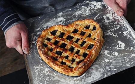 Baking-The-Pie