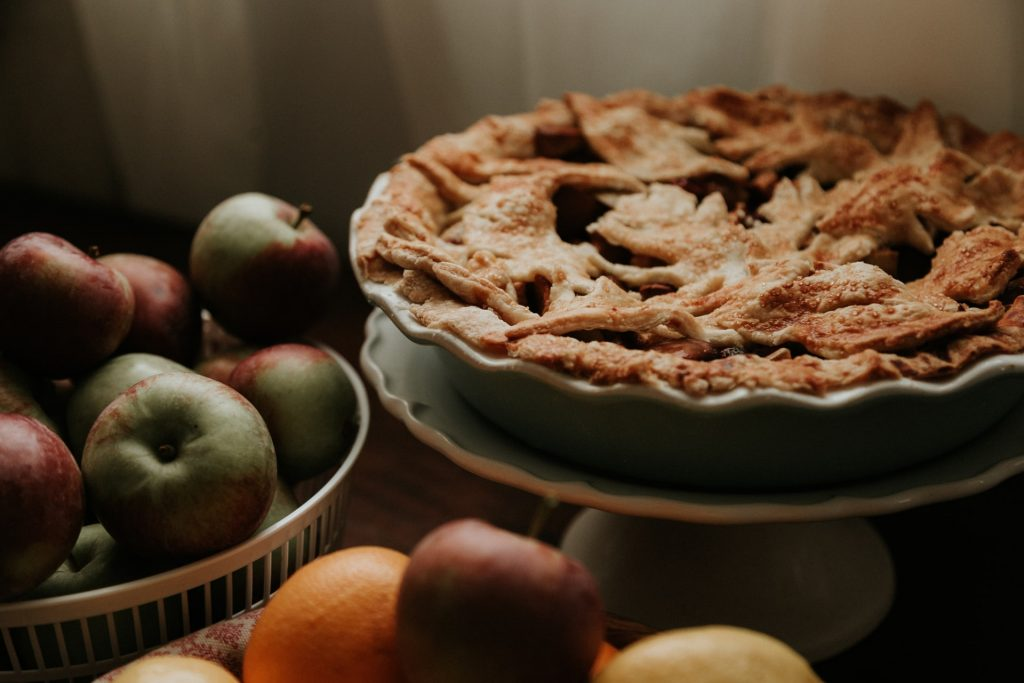 15 Mistakes to Avoid When Making Apple Pie